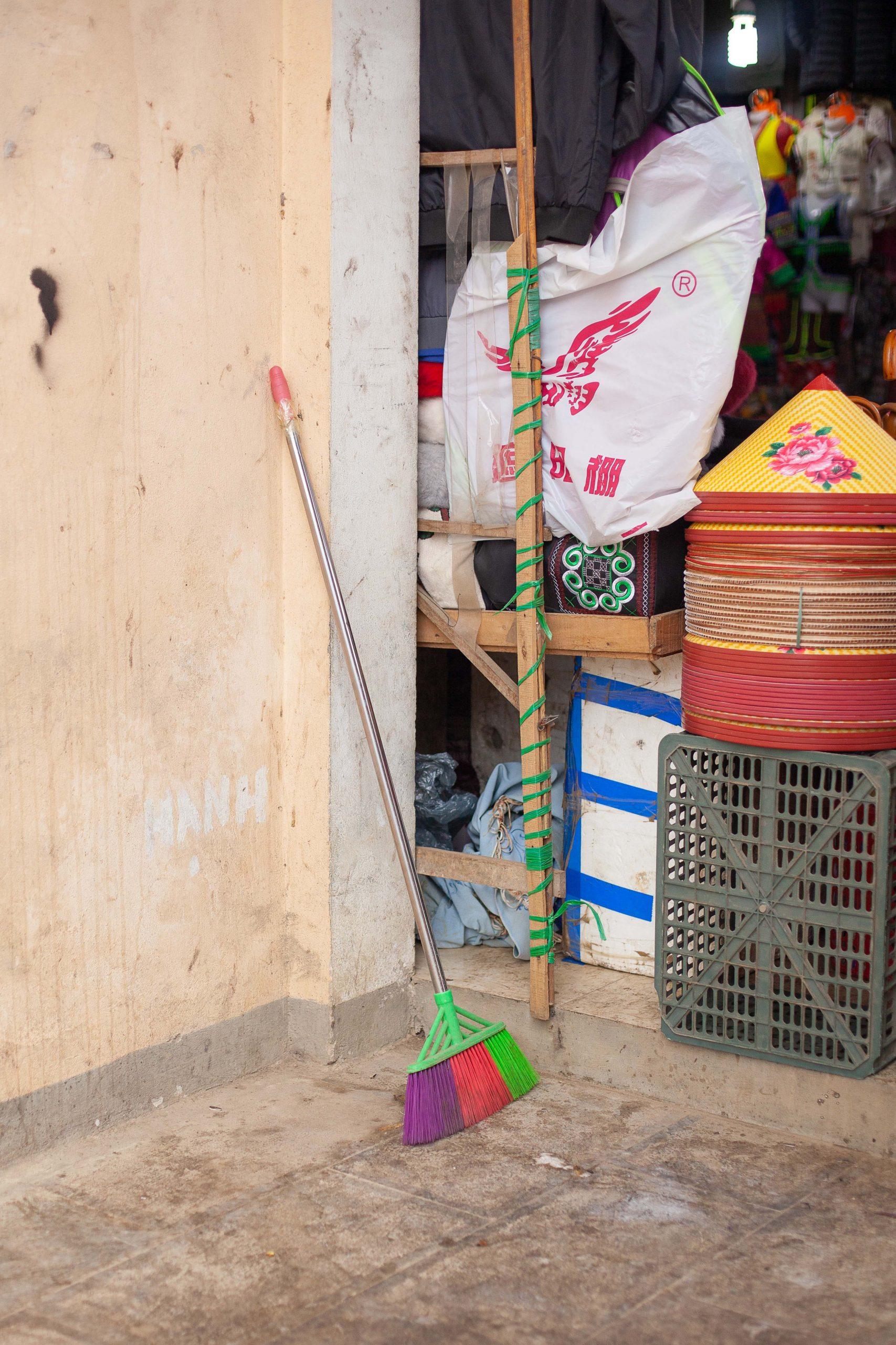 Broomstick-compositions-vietnam-25-of-40